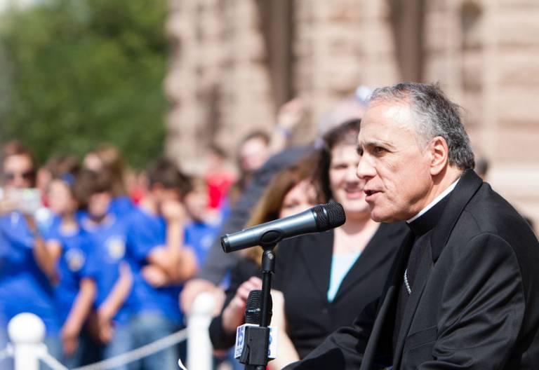 El cardenal DiNardo durante un acto público 2017
