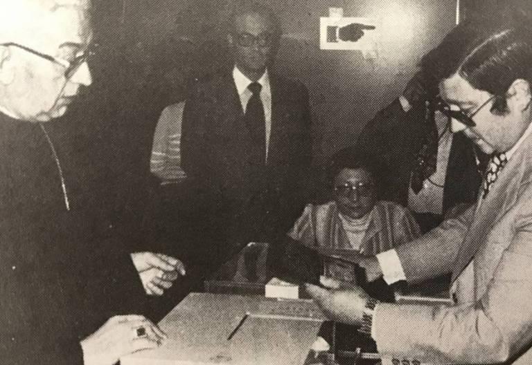 El cardenal Tarancón vota en las primeras elecciones democráticas de España, el 15 de junio de 1977/VIDA NUEVA