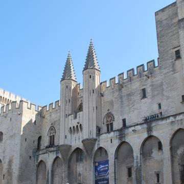 Palacio de los Papas Aviñón cisma católico siglo XIV-XV