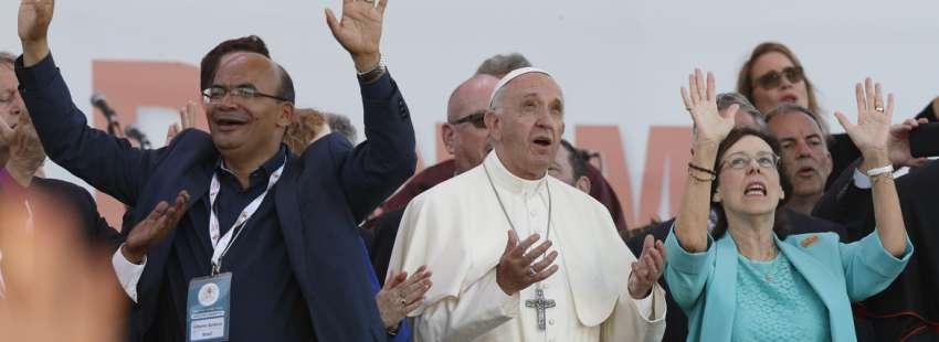 papa Francisco celebra vigilia Renovación Carismática 50 años junio 2017