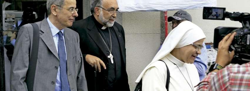 Jesús Sanz arzobispo de Oviedo sale de declarar ante el juez por denuncias Lumen Dei 2017