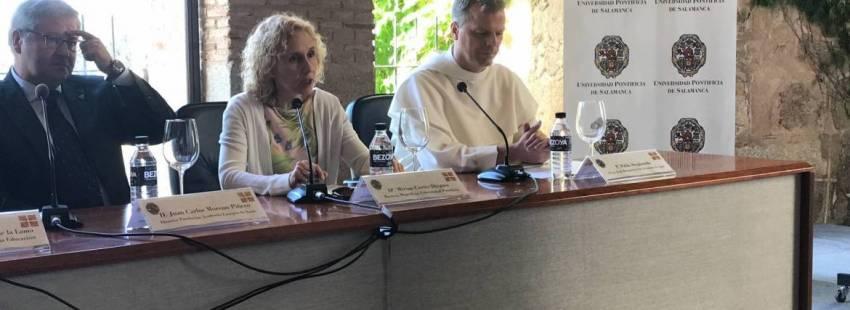 La rectora de UPSA, Mirian Cortés, en la apertura de los IV Diálogos de Yuste