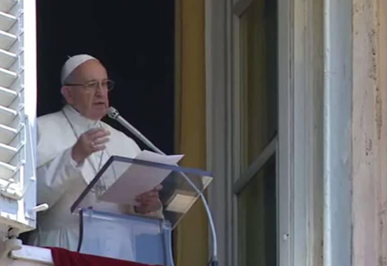 papa Francisco reza el ángelus 25 junio 2017