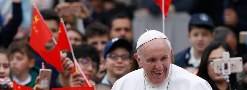 Francisco, durante una audiencia general con ciudadanos chinos de fondo Roma Papa Plaza San Pedro