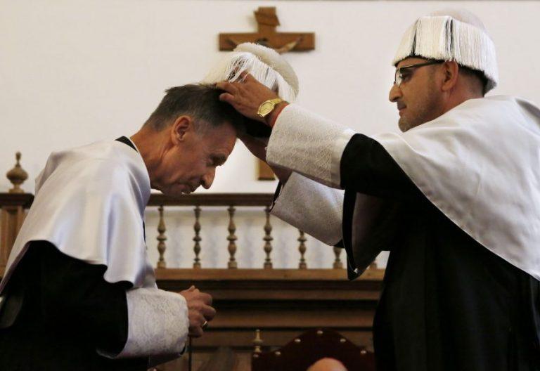 Ceremonia de Investidura de Doctor Honoris Causa a Excmo. y Rvdmo. Dr. P. Luis F. Ladaria. fotografía: Enrique Carrascal