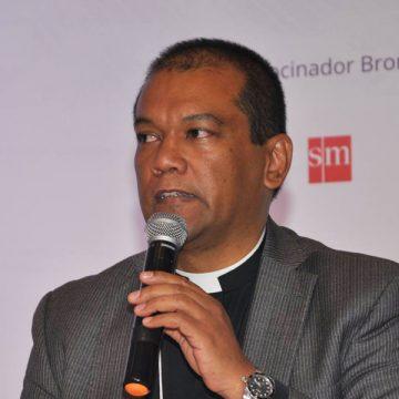 Oscar Lozano, secretario ejecutivo del Departamento de Cultura y Educación del CELAM