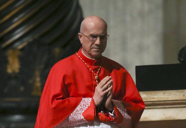 cardenal Tarcisio Bertone, exsecretario de Estado vaticano