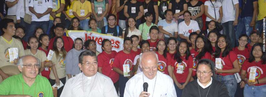 rueda de prensa Eugenio Scarpelli presentación del V Congreso Misionero Americano 2018 Santa Cruz de la Sierra Bolivia