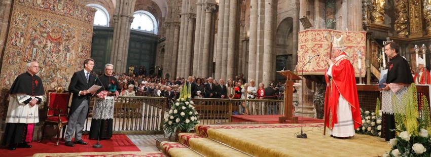 Julián Barrio arzobispo Santiago de Compostela Ofrenda al Apóstol Santiago en la catedral patrón España Alberto Núñez Feijóo