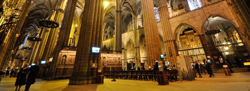 La catedral de Barcelona, en una vista interior archivo