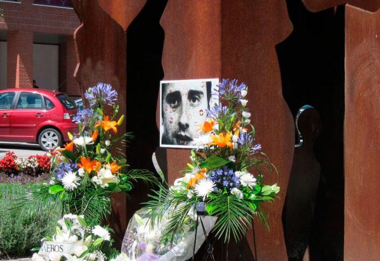 Memorial de Miguel Ángel Blanco en Ermua ETA