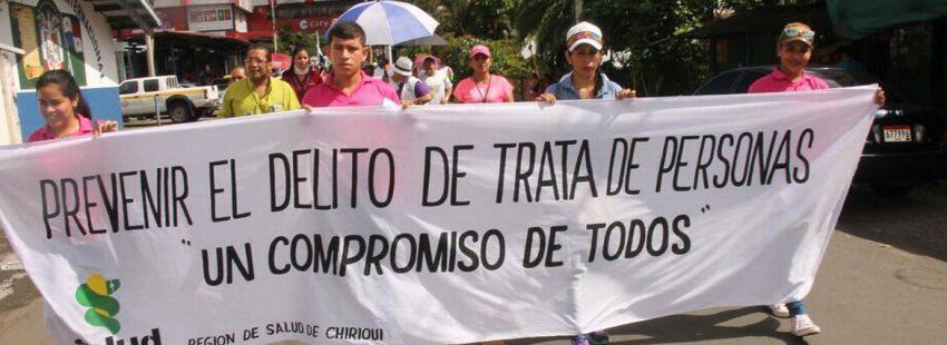 jóvenes Panamá y Costa Rica marcha contra los delitos de trata de personas