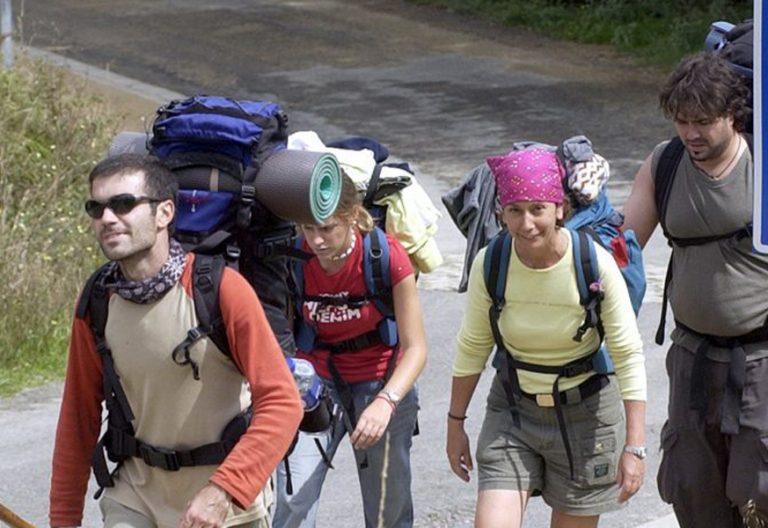 peregrinos jóvenes en el Camino de Santiago