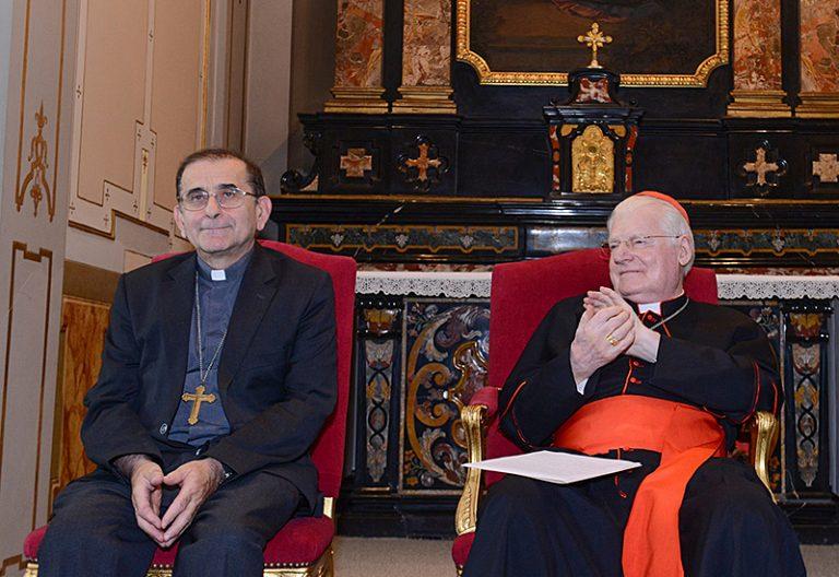 Mario Delpini junto a Angelo Scola Archidiócesis de Milán nombramiento arzobispo
