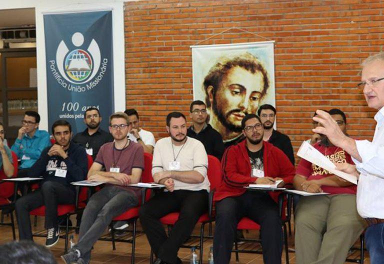 9 Encuentro de Formación Misionera para Seminaristas Brasil julio 2017