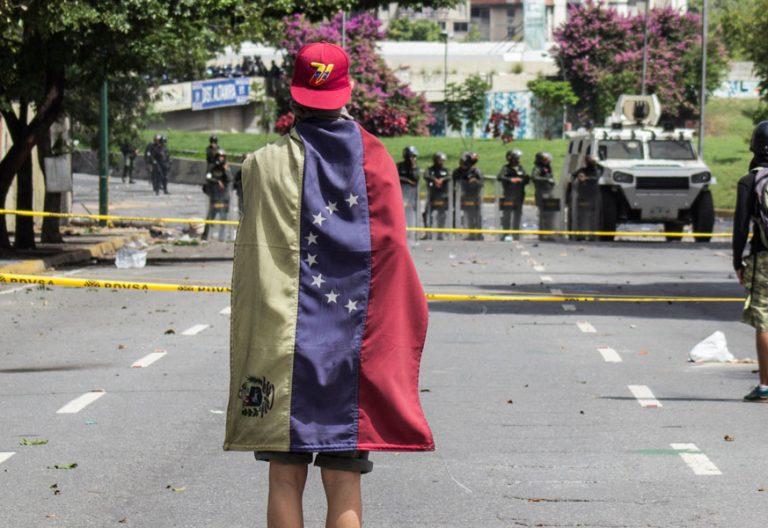 La oposición venezolana convoca una huelga general contra Nicolás Maduro 20 julio 2017