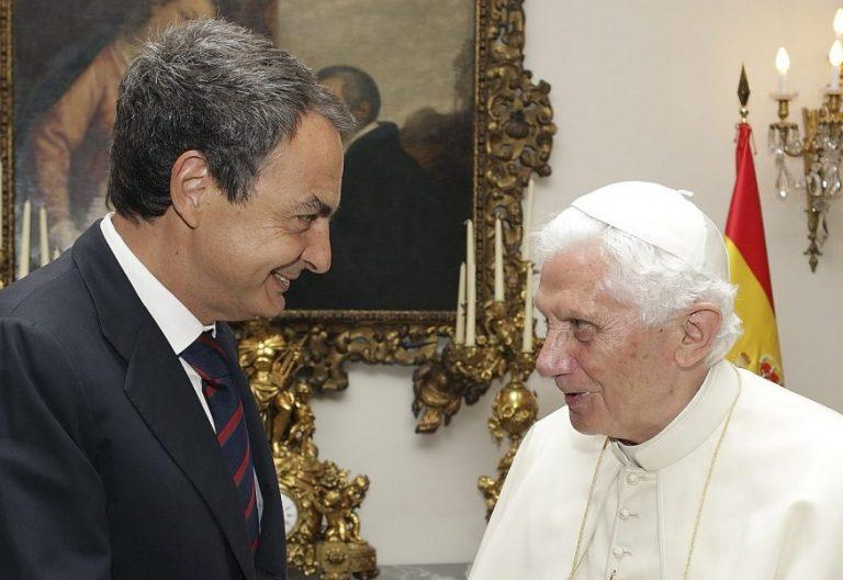 José Luis Rodríguez Zapatero y Benedicto XVI, durante la JMJ de Madrid/EFE