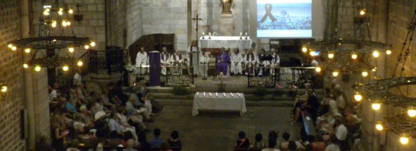 Vigilia de oración en la iglesia de Santa Anna, tras los atentados de BarcelonaT/EFE