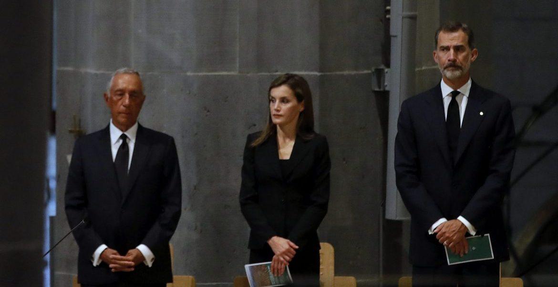 Misa en la basílica de la Sagrada Familia tras los atentados de Barcelona presidida por el cardenal Omella/EFE