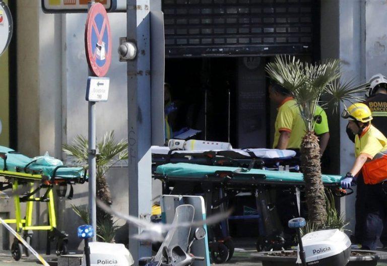 Efectivos de Emergencias en las Ramblas de Barcelona tras el atentado/EFE