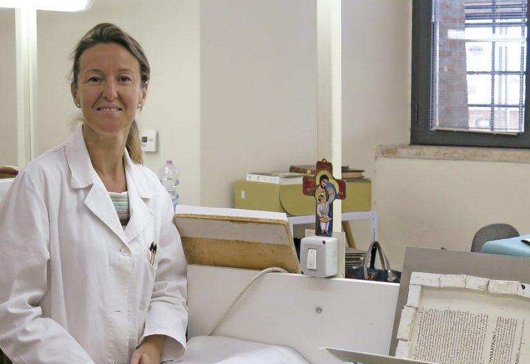 Ángela Núñez Gaitán, directora del departamento de restauración de la Biblioteca Apostólica Vaticana