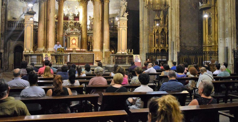 Vigilia de oración en la basílica de San Just de Barcelona convocada por Sant'Egidio tras los atentados/SANT'EGIDIO