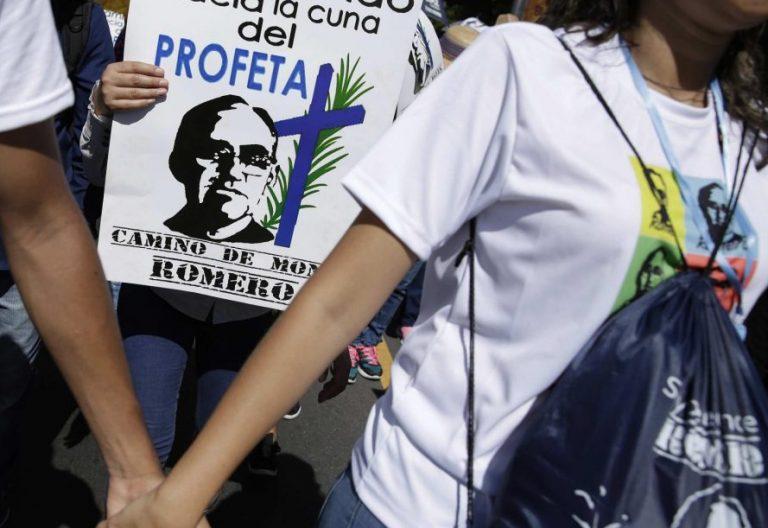 Peregrinación en El Salvador con motivo del nacimiento del beato mártir Óscar Romero/EFE