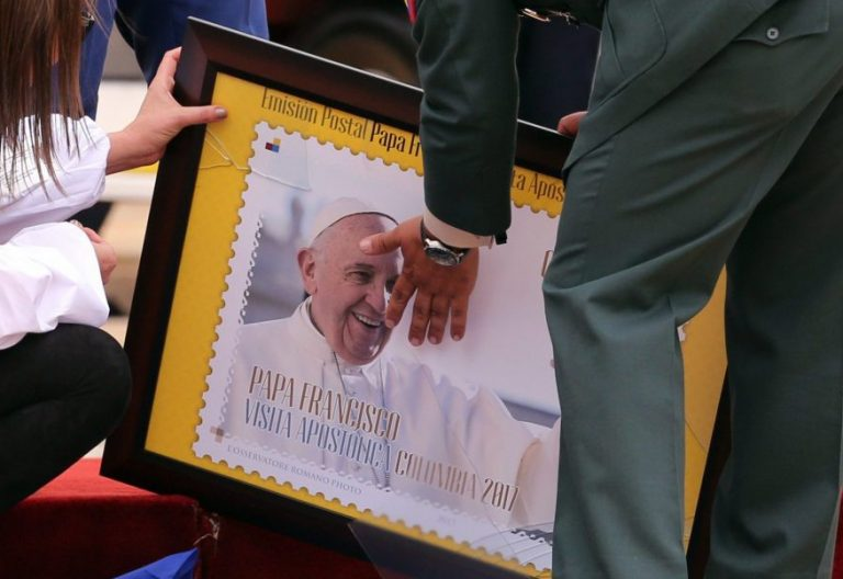 Sello conmemorativo del viaje de Francisco a Colombia/EFE