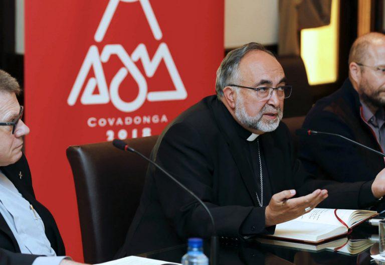 presentación del Año Jubilar de Covadonga Asturias Jesús Sanz arzobispo Oviedo 5 septiembre 2017