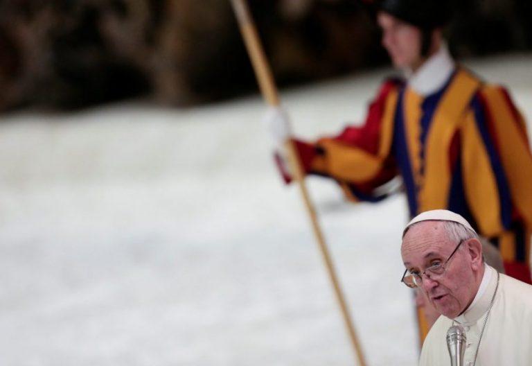 El Papa Francisco, en una audiencia en el aula Pablo VI/CNS