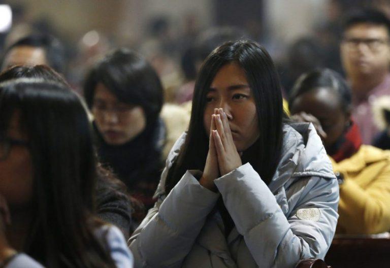 Misa en la catedral china de la Inmaculada Concepción en Pekín/CNS
