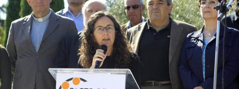 La coordinadora de Pacto por la Convivencia, Ana Ruiz, en el acto homenaje a las víctimas de los atentados de Cataluña