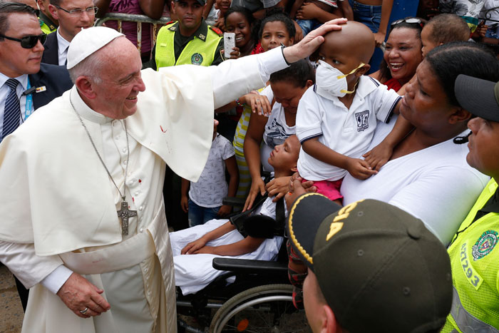 papa Francisco viaje apostólico a Colombia 6-10 septiembre 2017 Cartagena casa sintecho y Obra Talitha Qum