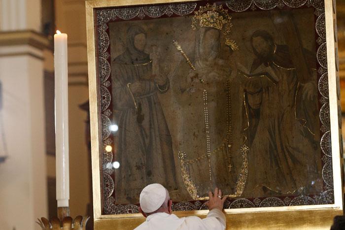 papa Francisco viaje apostólico a Colombia 6-10 septiembre 2017 visita Catedral virgen Chiquinquirá