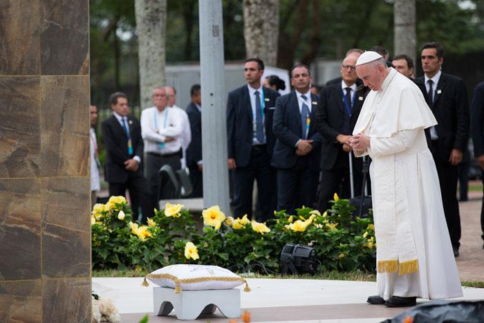 papa Francisco viaje apostólico a Colombia 6-10 septiembre 2017 Villavicencio Cruz de la reconciliación