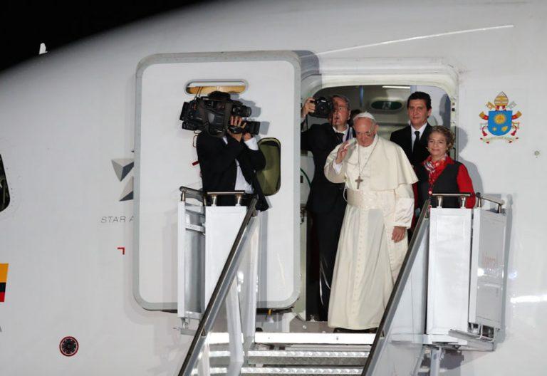 papa Francisco viaje Colombia despedida avión 10 septiembre 2017