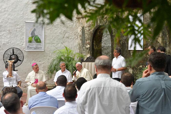papa Francisco viaje apostólico a Colombia 6-10 septiembre 2017 encuentro con jesuitas en Cartagena