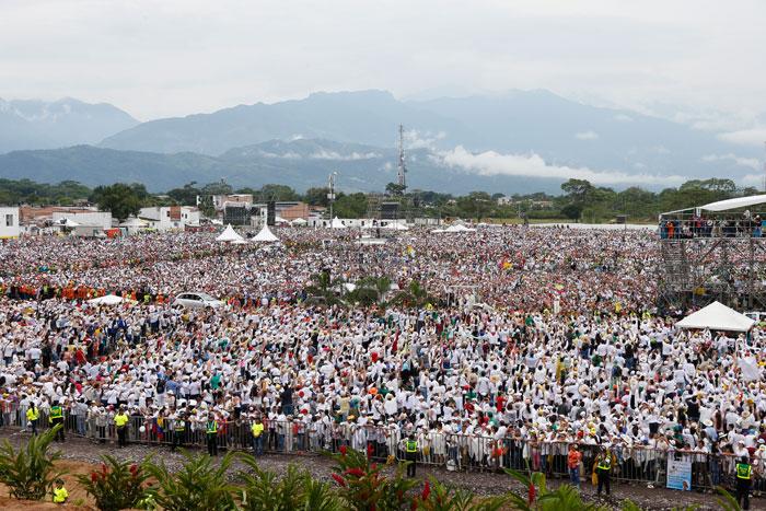 papa Francisco viaje apostólico a Colombia 6-10 septiembre 2017 misa en Catama Villavicencio
