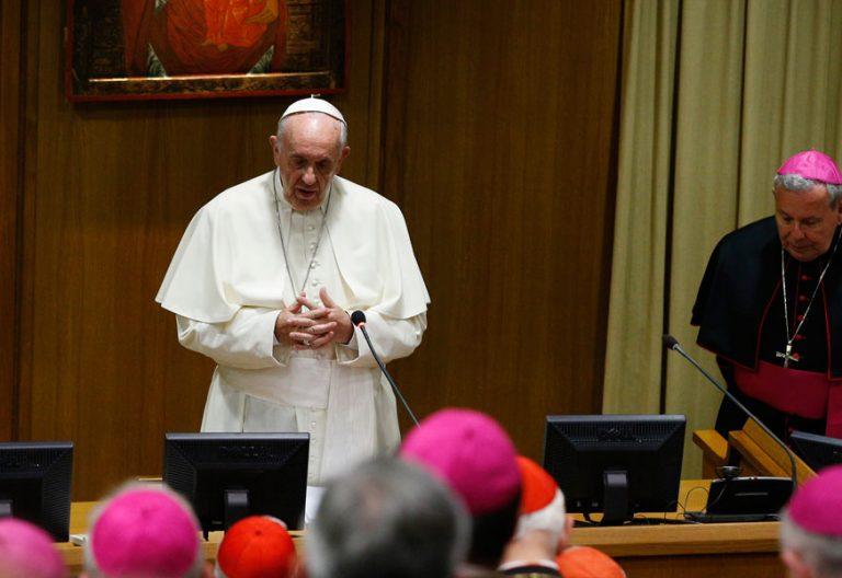 papa Francisco 25 años Catecismo Iglesia Católica encuentro Pontificio Consejo para la Nueva Evangelización octubre 2017