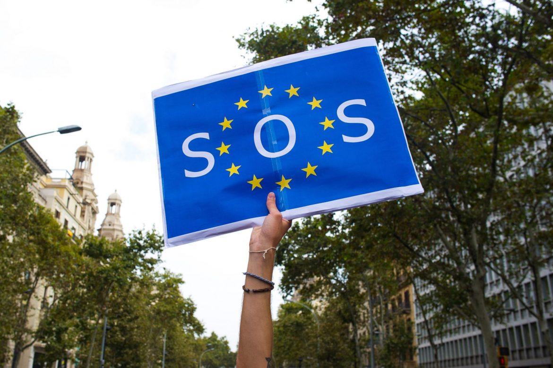 Cartel de SOS con la bandera de la UE