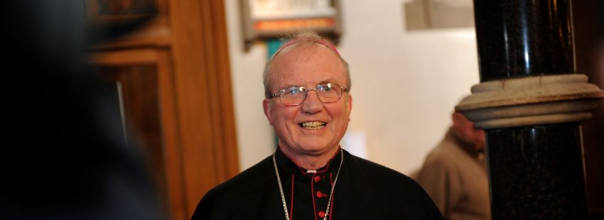 El obispo de Derry, Donal McKeown Irlanda