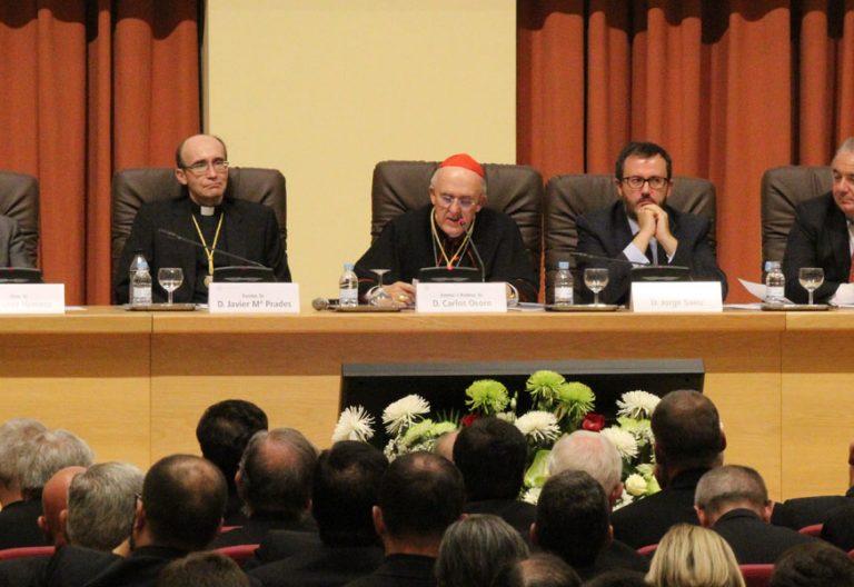 Apertura del curso en la Universidad de San Dámaso, en Madrid