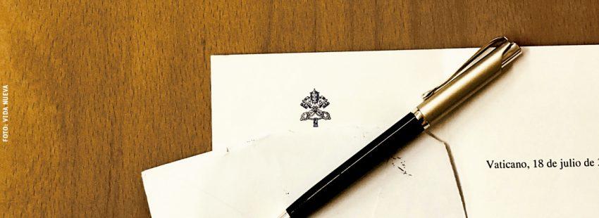 carta enviada por el Vaticano con sello y membrete oficial Santa Sede