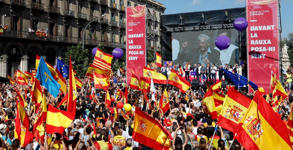 manifestación de la Sociedad Civil Catalana de catalanes a favor de la unidad de España octubre 2017