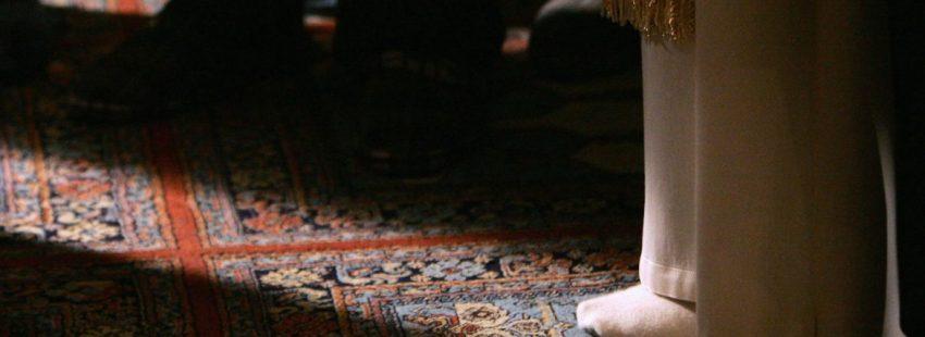 Benedicto XVI, en la mezquita de Estambul/CNS