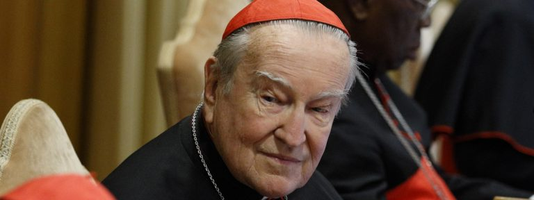 cardenal el cardenal Andrea Cordero Lanza di Montezemolo, fallecido en 2017