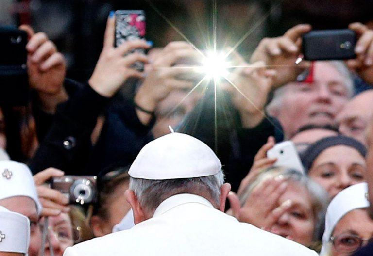 El papa Francisco, objeto de los focos en la audiencia general de los miércoles 8 de noviembre