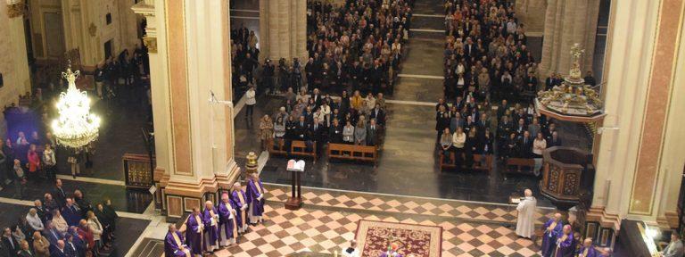 Antonio Cañizares, cardenal arzobispo de Valencia preside misa en el primer aniversario por el fallecimiento de Rita Barberá en la Catedral noviembre 2017