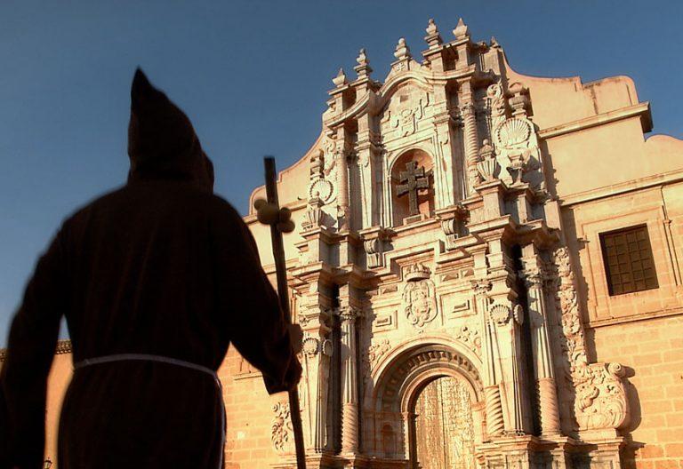peregrino en la Basílica Menor-Santuario de la Vera Cruz Caravaca de la Cruz Murcia