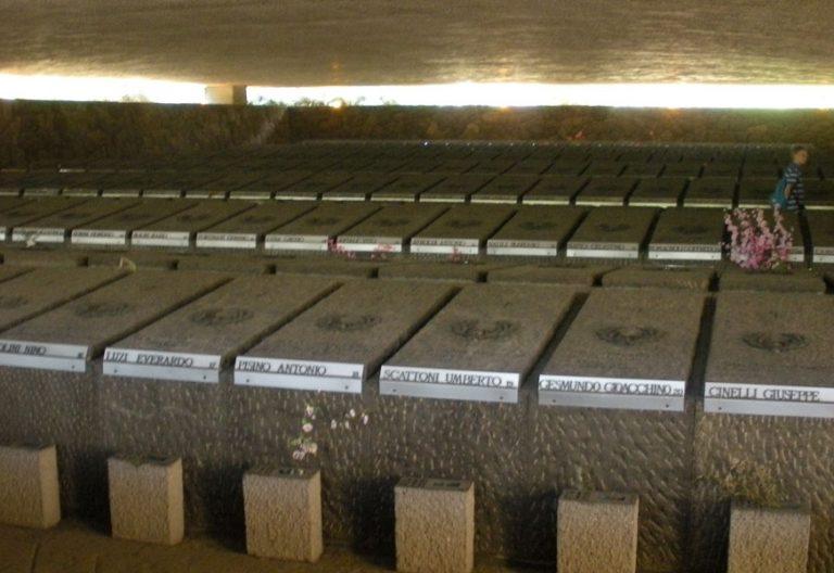 Fosas Ardeatinas Roma conmemora masacre de los nazis